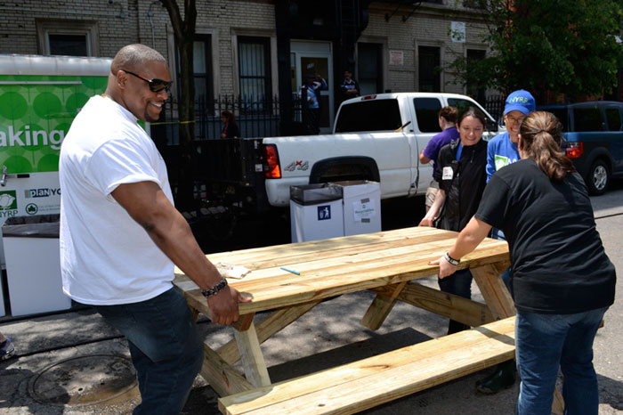 New York Restoration Project – KaBOOM! Playground Build in East Harlem